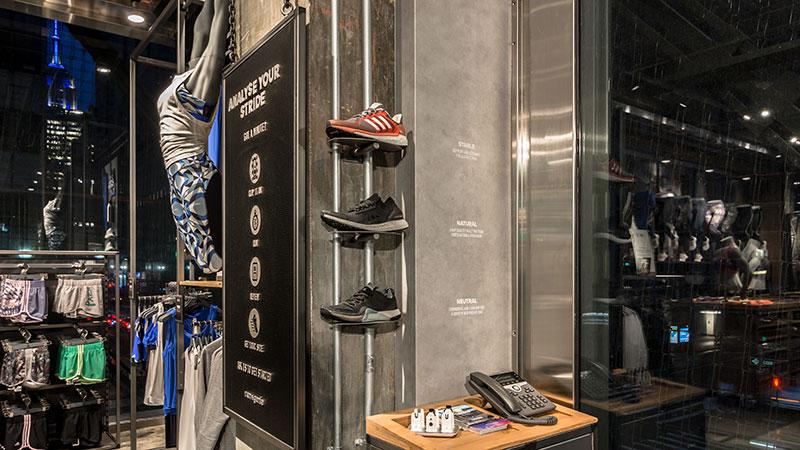 Adidas Flagship 7