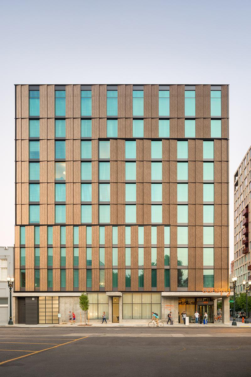 Canopy-Hotel-Corrugated-Deco-Bronze-5 - LR