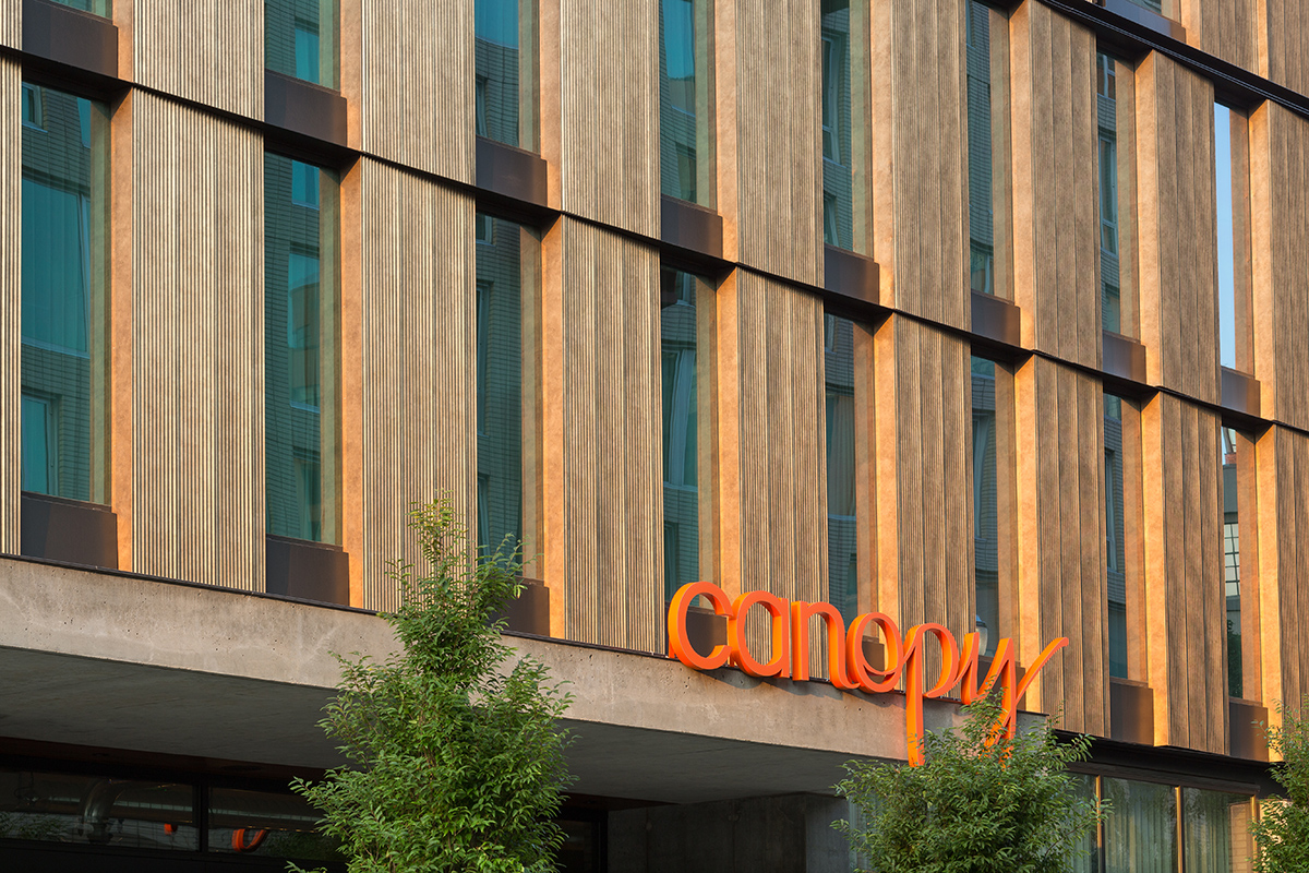 Canopy-Hotel-Corrugated-Deco-Bronze-6 - LR